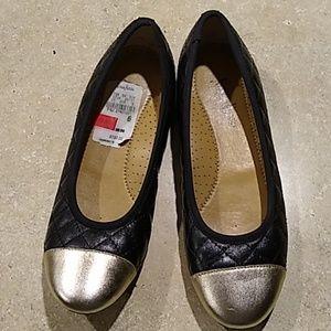 Neiman Marcus Shoes   Flats Womens